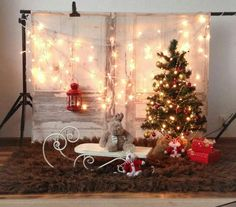 75 Christmas Photo Ideas to End Your Christmas Celebrations with a Bang : Quick Christmas Decor to Click Splendid Pictures Baby Christmas Photos, Christmas Photo Props, Xmas Photos, Christmas Backdrops, Christmas Portraits, Christmas Minis, Christmas Themes, Christmas Decorations, Christmas Photo Booth Backdrop