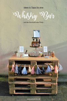 Ideas and tips for a whiskey bar or gentlemen bar for the party and wedding. - Ideas and tips for a whiskey bar or gentlemen bar for the party, birthday or wedding – found on w - Whisky Bar, Whiskey Drinks, Gin Bar, Partys, Diy Party, Ideas Party, Wedding Planners, 40th Birthday, Birthday Ideas