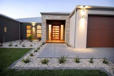 Exterior Design Ideas - Photos of Exteriors. Browse Photos from Australian Designers & Trade Professionals, Create an Inspiration Board to save your favourite images. Modern Front Yard, Front Yard Design, Modern Landscaping, Front Yard Landscaping, Exterior Renovation Before And After, Front Gardens, House Landscape, Modern Landscape Design, Facade House