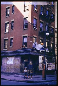 Lower East Side; vintage everyday: Beautiful Color Photographs of Streets of NYC from the 1940s and 1960s