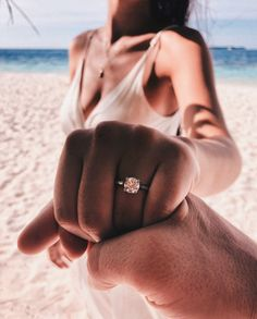 ideas for wedding couple pictures marriage photo ideas Engagement Pictures, Wedding Pictures, Engagement Rings, Wedding Engagement, Engagement Photo Poses, Beach Wedding Photos, Wedding Beach, Perfect Wedding, Dream Wedding