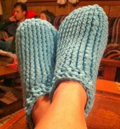 10 Free Slippers/Booties Crochet Patterns for big and small feet - Round up on My Hobby is Crochet Blog