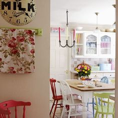 Kitchen table + mismatched chairs! This is what I want!