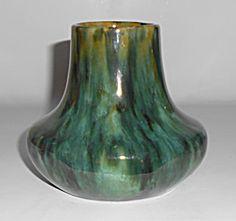 Brush McCoy Pottery Green Onyx #051 Vase!