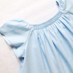 Tunique Marie de Citronille modifiée sur le devant, chambray bleu ciel Little Fabrics, taille 6 ans