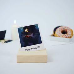 70 Jahre Polaroid  Happy Birthday dear Polaroid!  Wir gratulieren und werfen einen Voucher auf den Geburtstagstisch   10% Rabatt   NUR HEUTE (21.02. bis 23:59 Uhr)  happypolaroid  #happybirthday #polaroid #love #voucher #party #discount #photolove #prints #vintage #astimegoesby #retrocharme #getyours #
