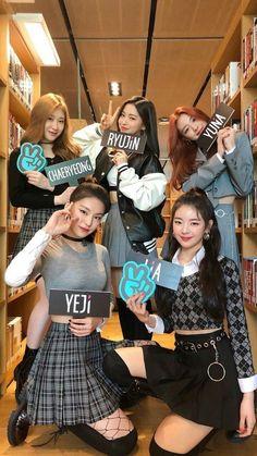Kpop Girl Groups, Korean Girl Groups, Kpop Girls, K Pop, Euna Kim, Mode Kpop, Pretty Asian, Forever, Mamamoo