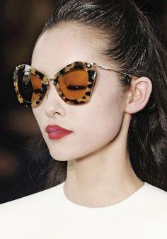 d21d656718d8 telojuropordior  fei fei sun at miu miu fall winter 2011.  MiuMiu Ray. Ray  Ban Sunglasses OutletCat Eye ...