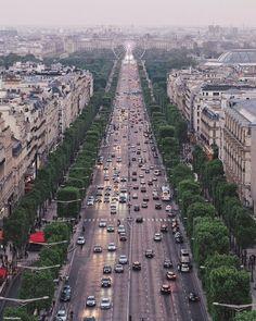 Paris est une Fête! — Paris by Sébastien Pélegrin (@seb_gordon)
