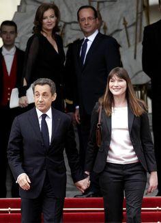 Nicolás Sarkozy y Carla Bruni abandonan el Elíseo #couples #politics #france