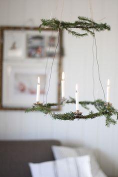Scandinavian-Style Holiday Decor, Fire Included, christmas, deco de noel, noel, déco de noel, sapin de noel