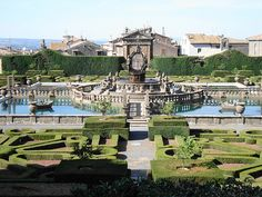 Bagnaia+(Villa+Lante)+-+Gorgeous+16th+century+villa+with+lovely+gardens