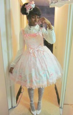 I had work so I couldn' I just did this random coord with Jewelry Jelly since I haven't worn it in a while. Kawaii Fashion, Lolita Fashion, Frilly Dresses, Flower Girl Dresses, Angelic Pretty, Black Girl Aesthetic, Princess Style, Kawaii Clothes, Japanese Fashion