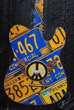 license plate guitar / Reciclado