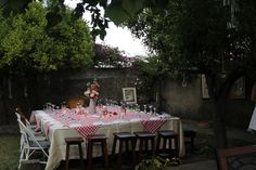 Italian popcorn table in september at our Venue.