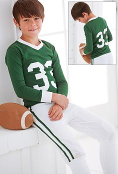 Sports outfits for kids · from cwdkids: football pajamas. best pajamas, girls pajamas, little sport Cute 13 Year Old Boys, Cute Lightskinned Boys, Young Cute Boys, Cute Teenage Boys, Teen Boys, Boys Summer Outfits, Sport Outfits, Boy Outfits, Boys Footed Pajamas