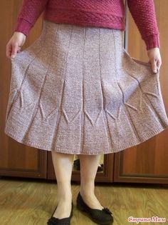 """Здравствуйте, милые рукодельницы! Хочу показать Вам расклешённую юбочку, навеянную моделью под названием """"Лавровый венок"""", разработанную Натальей Radegast. Baby Cardigan Knitting Pattern, Hand Knitting, Knitting Patterns, Knit Skirt, Knit Dress, Lace Skirt, Crochet Shawls And Wraps, Hand Knitted Sweaters, Color Rosa"""