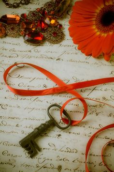 ribbon & key