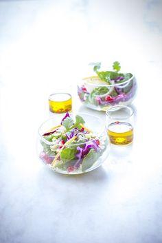 Les bonnes recettes pour recevoir, rapide et convivial. La salade à la grenade. Marielys Lorthios - Photographe professionnelle / photographe culinaire / styliste / Dijon - http://www.marielys-lorthios.com/