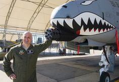 A-10 pose...DFC with Valor: A-10C Pilot Recognized for Heroism in Combat (2700×1868)