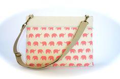 Bolso con elefantes