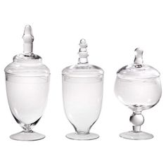 Keep your pantry organized in style with this essential design.   Product: Set of 3 apothecary jarsColor: Clear