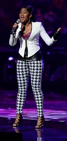 """Kamaria Ousley sings """"Mr. Know It All"""" on American Idol Wednesday night. (FOX Photo)"""