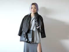 I love this girls style.  CHECK OUT HER BLOG ITS AWESOME!