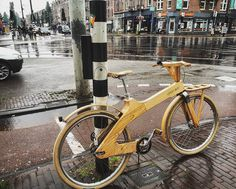 #lackoj #typicaldutch #woodenbycicle #streetphoto #rainy #amsterdam #dutch