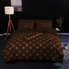 Bedroom Bed Design, Bedroom Decor, Crystal Cake, Beige Living Rooms, King Size Sheets, Blankets For Sale, New Room, Luxury Living, Decoration