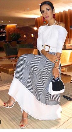 Best Style of Clothes For Body Type - Fashion Trends Fashion Mode, Look Fashion, Fashion Design, Fashion Trends, Classy Outfits, Chic Outfits, Beautiful Outfits, Mode Outfits, Black Women Fashion