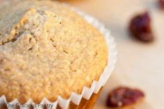 Clean Eating Cranberry Oat Bran Muffins modify for dried cherries and toasted pecans Healthy Muffin Recipes, Fun Baking Recipes, Clean Eating Recipes, Whole Food Recipes, Eating Clean, Healthy Meals, How To Eat Paleo, Food To Make, 150 Calorie Snacks