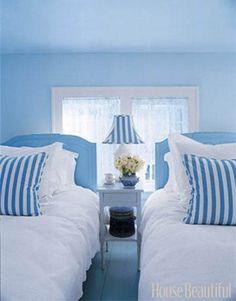 Beach house bedroom. Blue and white bedroom. Coastal decor ...