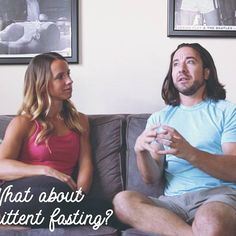 We have an all new FREE ebook coming out next week on Intermittent Fasting, but we wanted to talk about this concept and way of eating on our podcast. Oh, @ConfessionsOfASuperFoodie has an announcement too so if you aren't up to date on the podcast, tap the link in the bio and go to the blog.