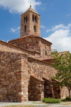 Campanario rom nico de la iglesia de Santa Mar a perteneciente al conjunto monumental de las iglesia Foto de archivo