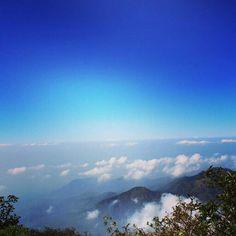 Langit jawa timur... biru