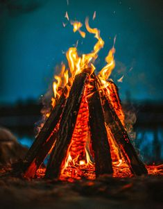My favorite wallpaper photo. Fire Photography, Light My Fire, Camping Activities, Outdoor Activities, Camping Life, Camping Hacks, Oeuvre D'art, Belle Photo, Amazing Nature