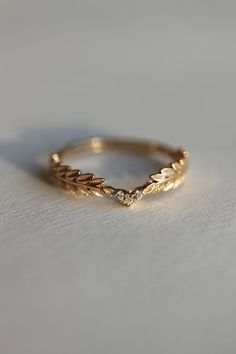 Nike Gold Goddess Angel Wings Ring Christmas Gift, Dainty Gold Olive Branch Modern Gold Ring, Bridesmaid Anniversary Gift for Her - Gold rings - Zierlicher Ring, Leaf Ring, Ring Set, Gold Band Ring, Twig Ring, Gold Rings Jewelry, Cute Jewelry, Gold Bracelets, Gold Earrings