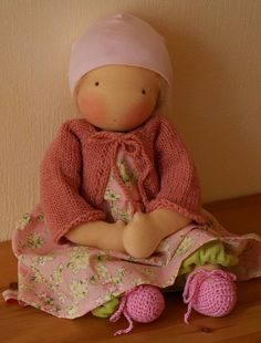 Precious face. I'd love to have more time to make cloth dolls. Want this one! LJH