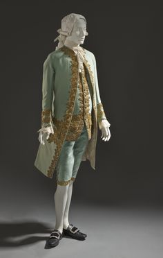 """Man's Suit, France, c 1760. M.2007.211.946a-c. Purchased with funds provided by Suzanne A. Saperstein and Michael and Ellen Michelson, with additional funding from the Costume Council, the Edgerton Foundation, Gail and Gerald Oppenheimer, Maureen H. Shapiro, Grace Tsao, and Lenore and Richard Wayne. © Museum Associates/LACMA 