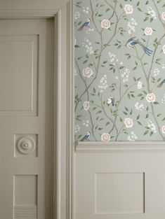 With Chinese inspired artwork, Paradise Birds wallpaper in green creates a luxury aesthetic in bedrooms. Be inspired by our Oriental Dreams collection! Hall Wallpaper, Bird Wallpaper, Pattern Wallpaper, Botanical Wallpaper, Beautiful Wallpaper, Green Floral Wallpaper, Sage Green Wallpaper, Living Room Carpet, Living Room Decor