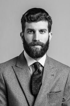 Cool beard styles for men will surely add oomph to your looks and will inspire those who are thinking of growing or styling their beard in a unique way. Great Beards, Awesome Beards, Beard Styles For Men, Hair And Beard Styles, Hairy Men, Bearded Men, New Yorker, Beard Growth Oil, Beard Model