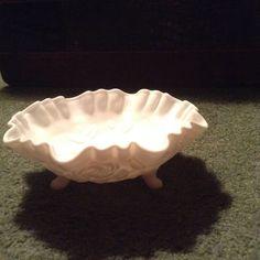 Fenton Glassware, Pie Dish, Milk Glass, Dishes, Tablewares, Dish, Signs, Dinnerware