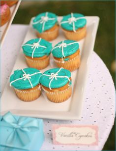 Tiffany Blue Cupcakes! Food Inspiration for my 21st Birthday Party!