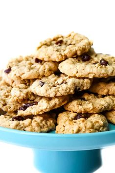 These are the best vegan oatmeal cookies ever! Perfectly soft and chewy with a classic taste. Add raisins, chocolate chips, craisins, or nuts too! Vegan Oatmeal Raisin Cookies, Oatmeal Chocolate Chip Cookie Recipe, Oatmeal Cookie Recipes, Chocolate Chips, Oatmeal Cake, Vegan Dessert Recipes, Dairy Free Recipes, Gluten Free, Healthy Desserts