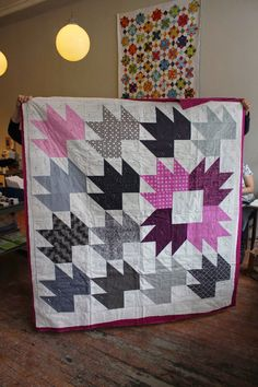 Happy dance for the #StarsHollowQuilt Now gimme your fave ... : toronto modern quilt guild - Adamdwight.com
