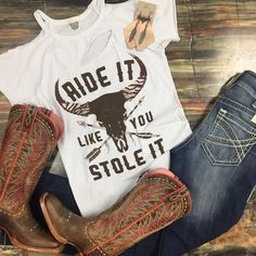 preppy outfits for school Country Style Outfits, Country Wear, Country Girl Style, Country Fashion, Country Shirts, My Style, Country Girl Hair, Country Boots, Country Dresses