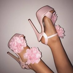 Visit our store for heels and masks Stilettos, Stiletto Heels, Cute Heels, Cute Sandals, Heeled Boots, Shoe Boots, Shoes Heels, Dress Shoes, Lila Baby