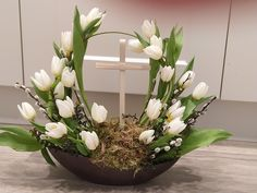 My own design, Easter 2019 Sunflower Floral Arrangements, Funeral Floral Arrangements, Easter Flower Arrangements, Flower Arrangement Designs, Easter Flowers, Beautiful Flower Arrangements, Church Flowers, Arte Floral, Easter Wreaths