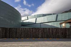 Primary School MOPI Extension / Mareines+Patalano Arquitetura